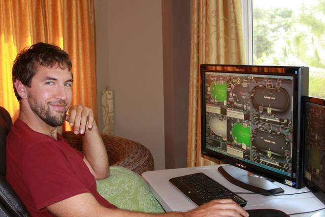 Playing Poker Online